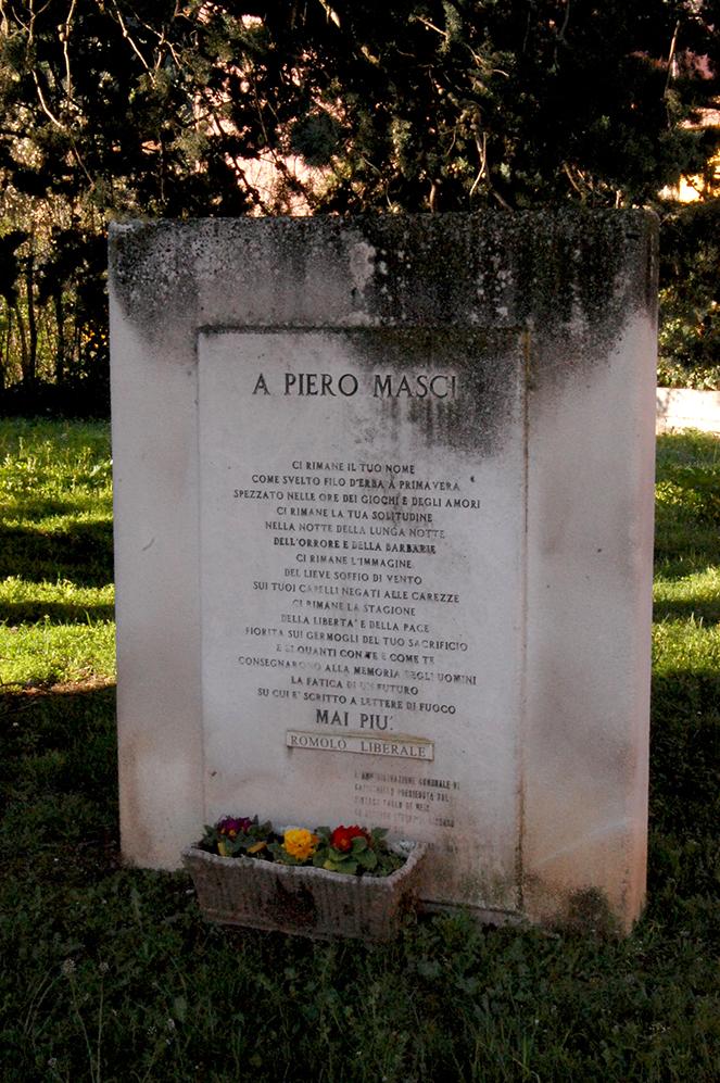 CAPISTRELLO MONUMENTO 33 MARTIRI (4)